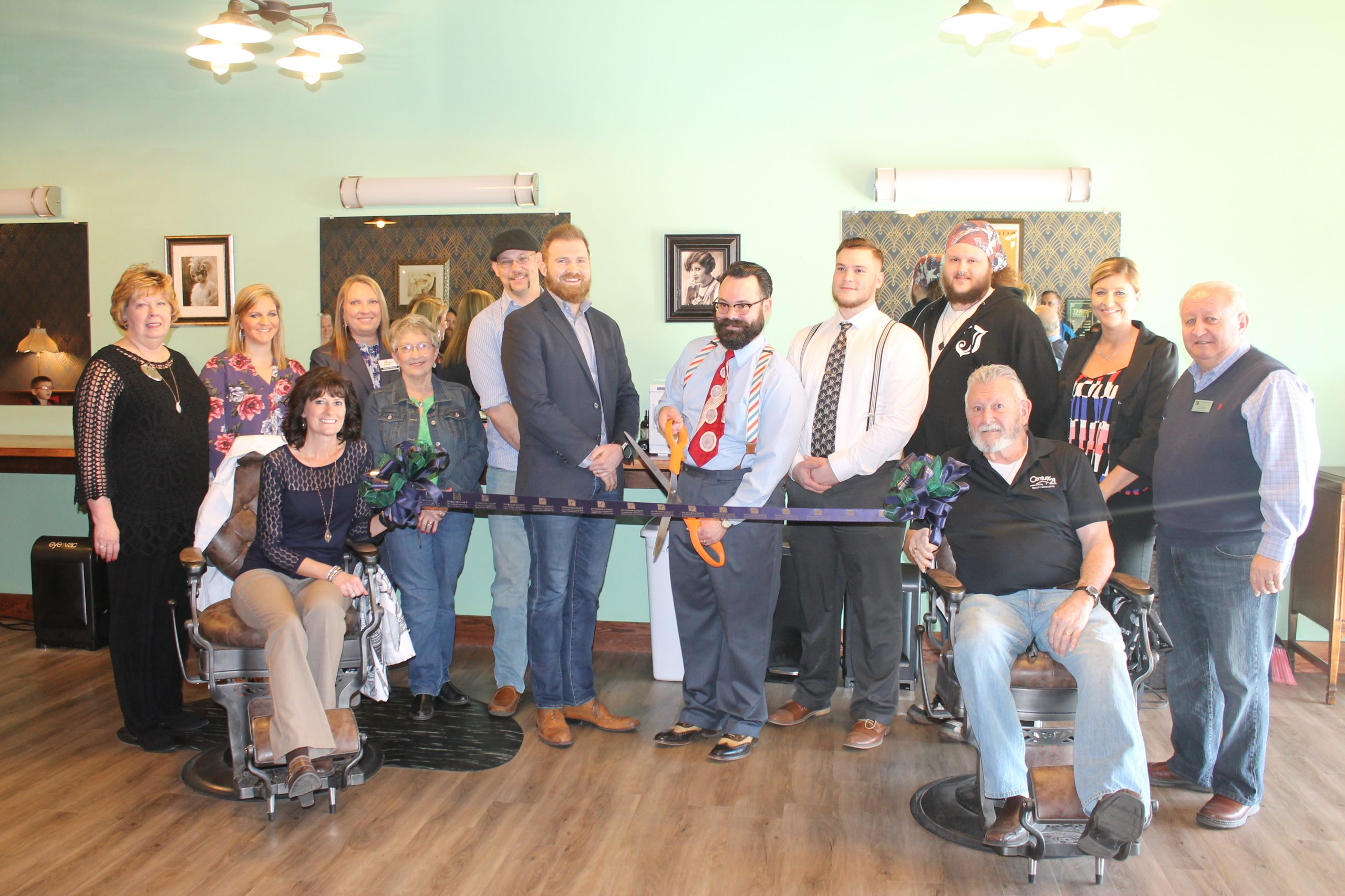 Effingham County Chamber of Commerce Holds Ribbon Cutting for Tolliver & Co. Barbers