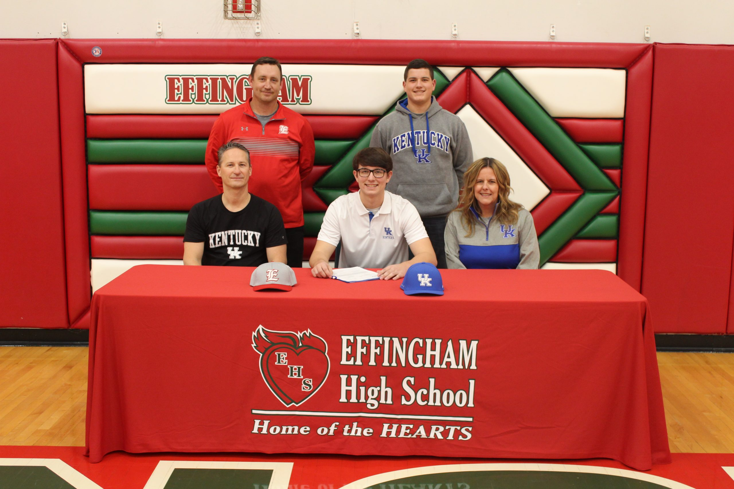 Effingham High School's Zach Lee Signs Letter of Intent to Play Baseball at Kentucky