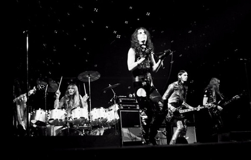 Alice Cooper's Super-Group, The Hollywood Vampires, Played Their First Show!