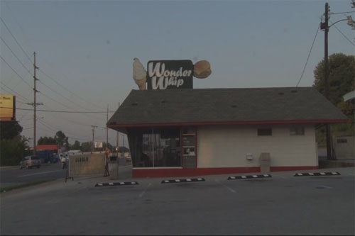 Wyndall's Wonder Whip Closed