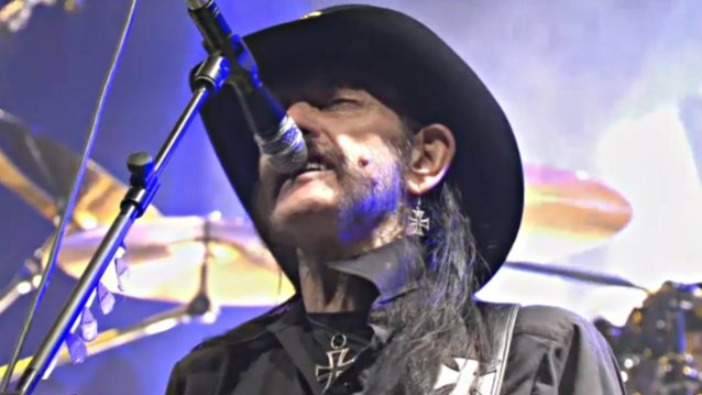 Motorhead's Lemmy Is Recovering From A Lung Infection
