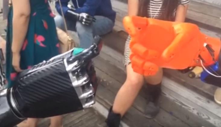 Disney Themed Prosthetics For Kids [VIDEO]