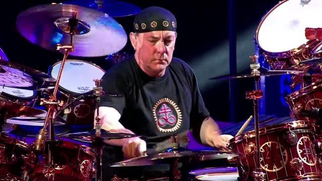 Rush's Neil Peart Has Announced His Retirement