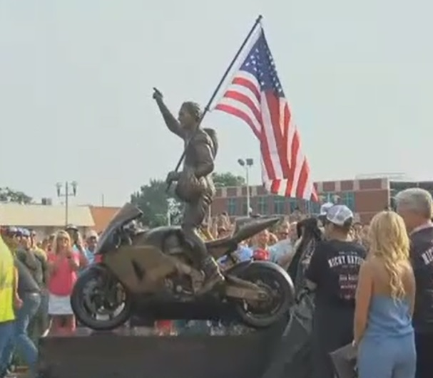 Kentucky Kid Honored With Statue
