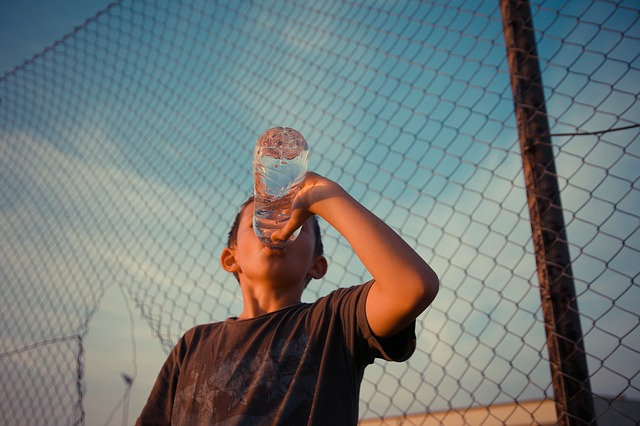 Indiana Doctor: Water Crucial for Kids During Sweltering Summer