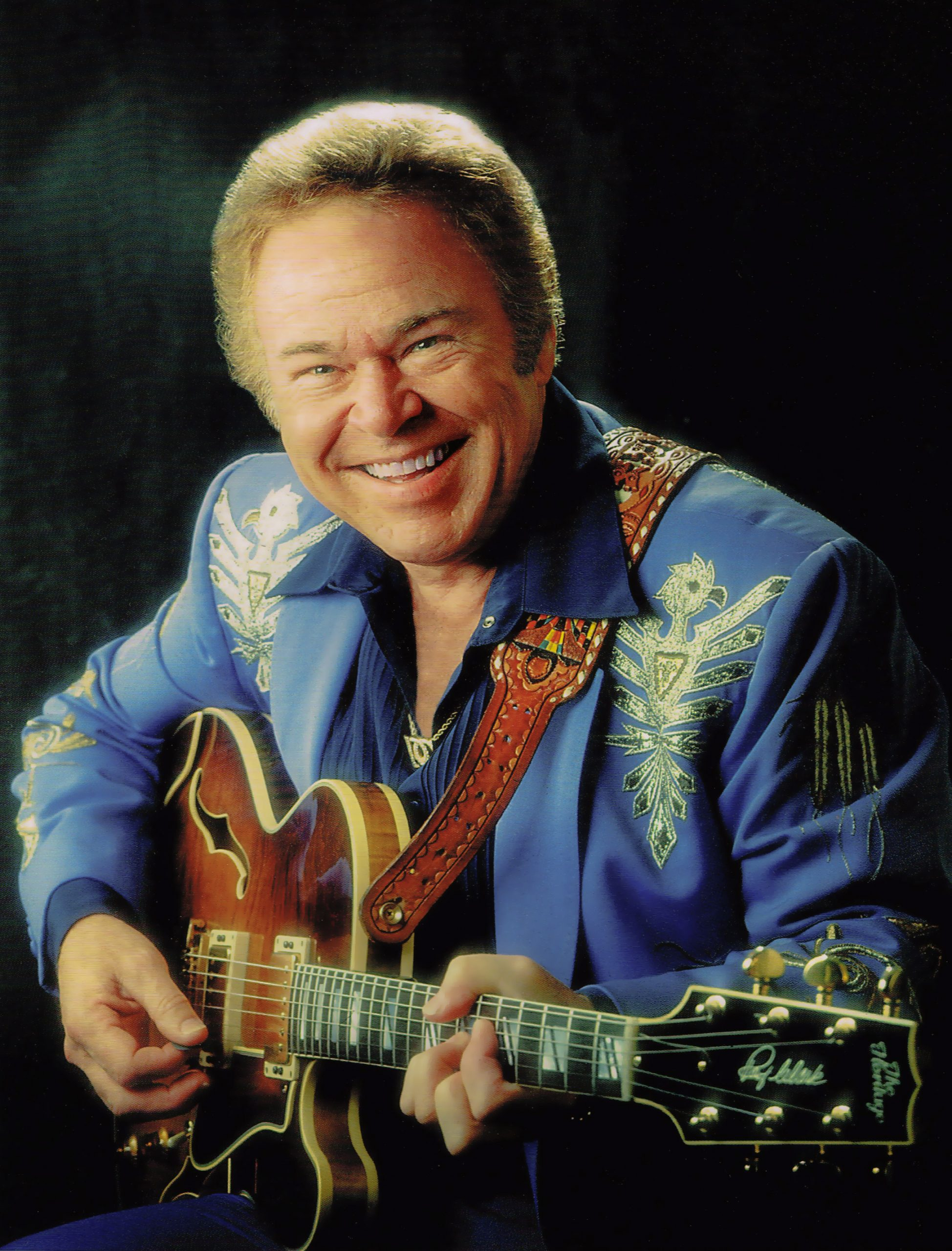 Roy Clark Passes Away At 85