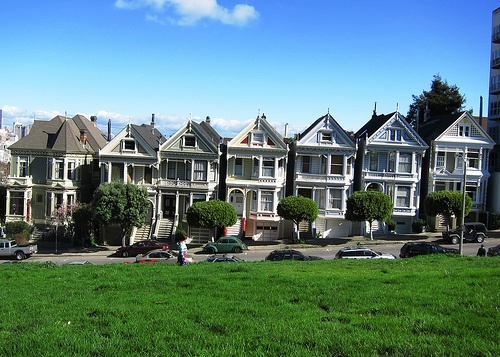 "SF Vote On ""Full House"" Tour Bus Ban"