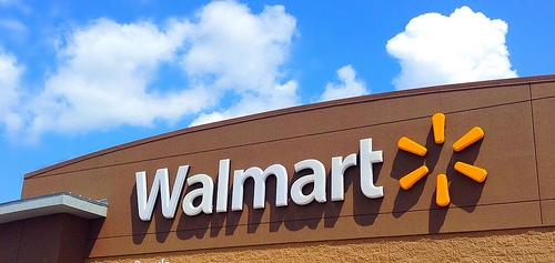 A Woman Gives Birth in Walmart...But Makes Sure to Pay For Her Stuff First