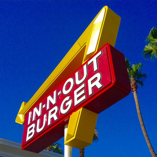 A Guy Stops at In-N-Out Burger During a Police Chase