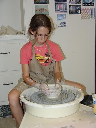 Popular Pottery Class Returns to Mattoon