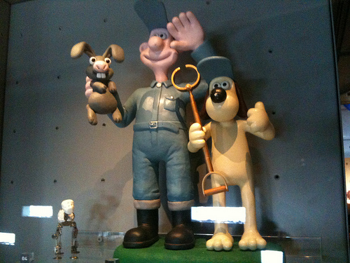 """The Voice of Wallace from """"Wallace & Grommit"""" Has Died"""