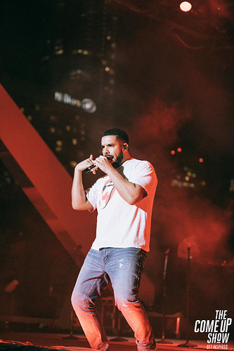 Drake Breaks Spotify And Apple Music One-Day Streaming Records