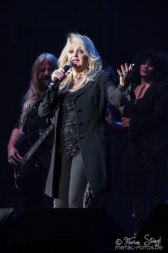 "Bonnie Tyler Will Sing ""Total Eclipse of the Heart"" During the Eclipse"