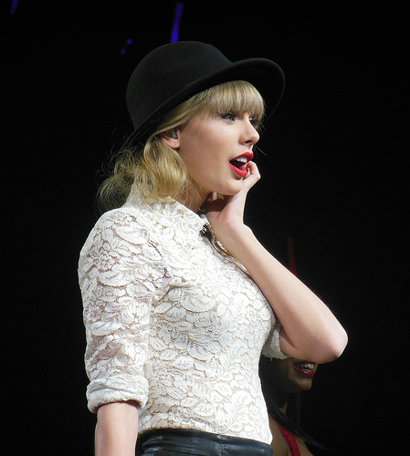 Man Allegedly Breaks Into Taylor Swift's NYC Apartment