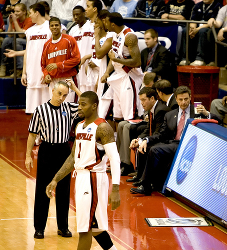 Louisville Fires Rick Pitino