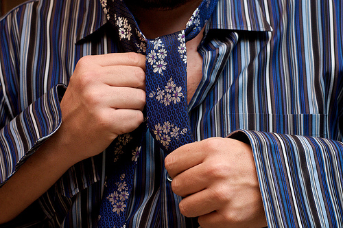 Wearing a Tie Cuts Blood Flow to Your Brain by 8%