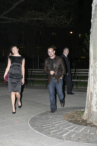 Bono Discusses Irish Church Scandal With Pope