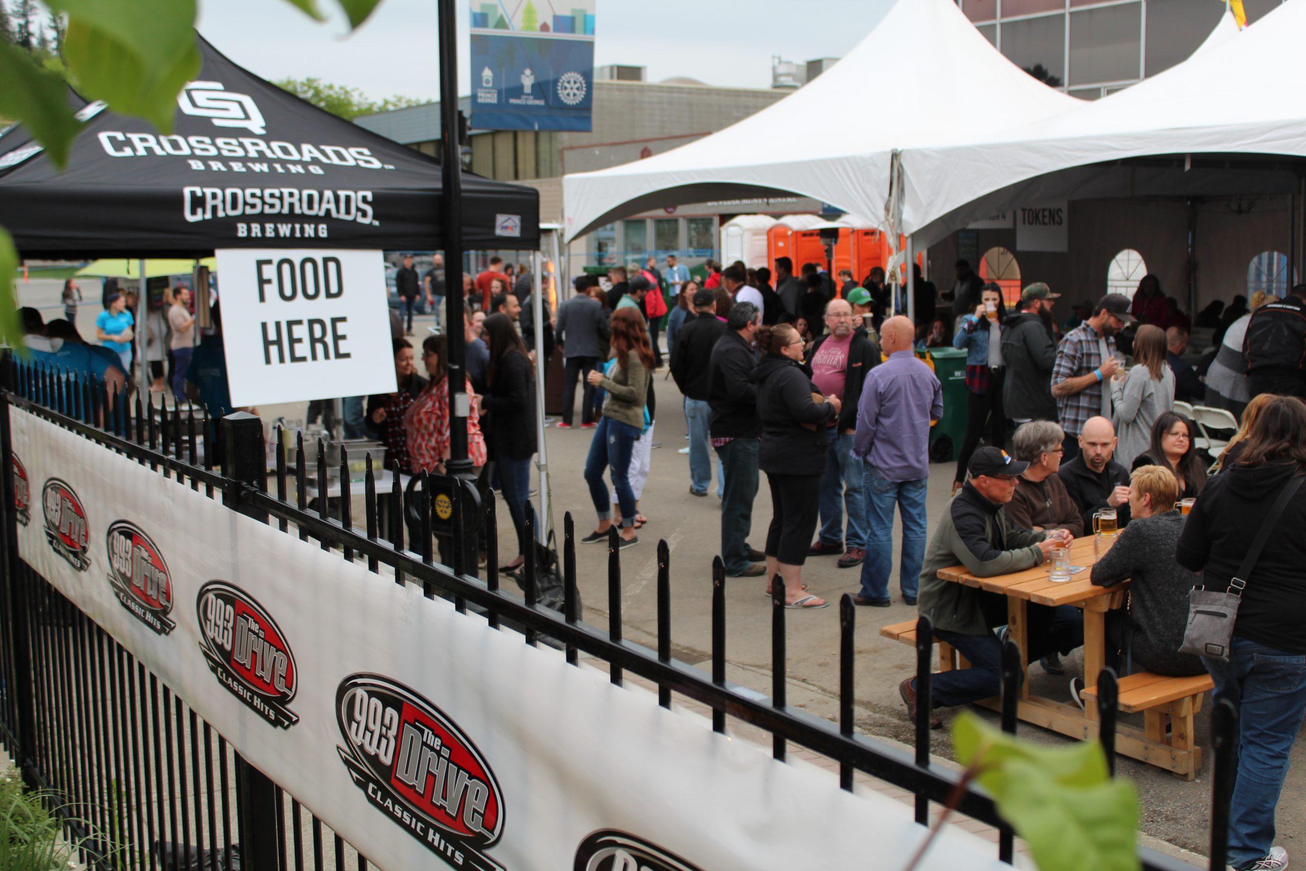 Weekly Report: CrossRoads Street Festival