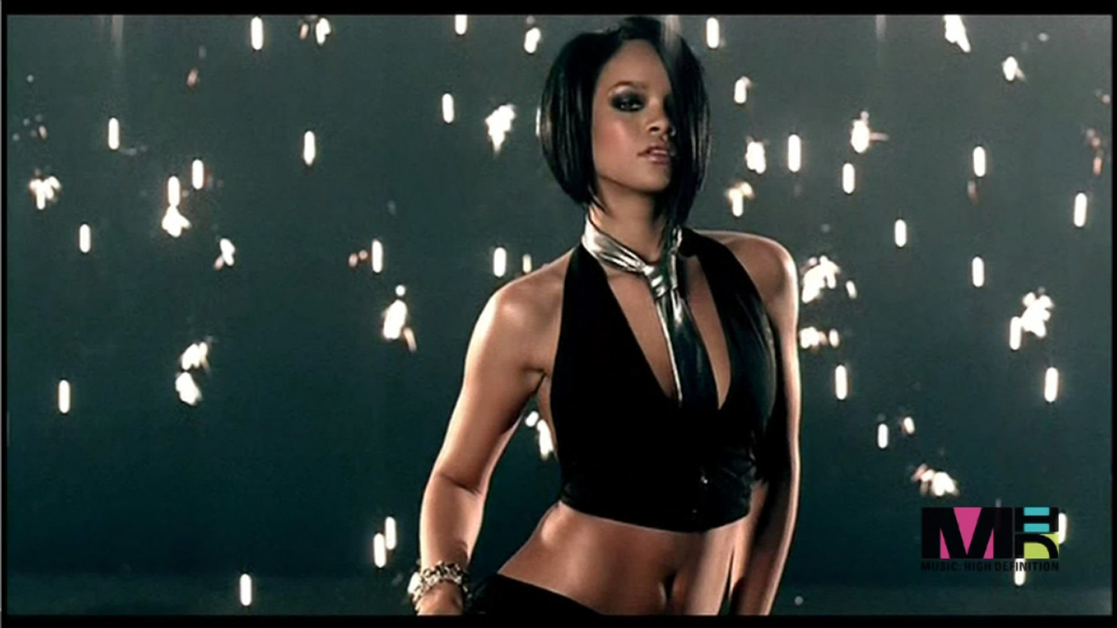 """Rihanna's #1 Hit """"Umbrella"""" Was Released 9 Years Ago Today"""