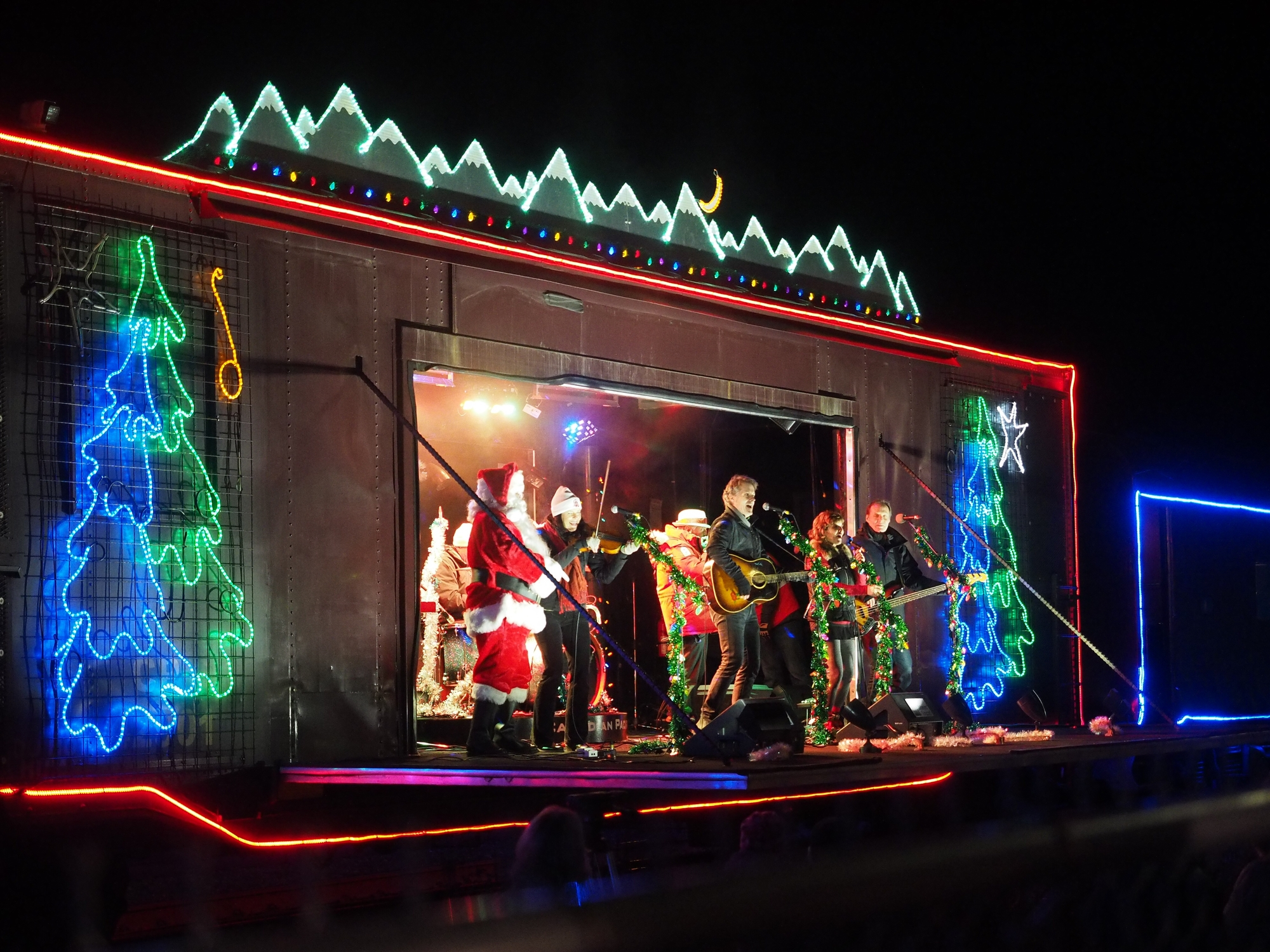 CP Holiday Train returns to The Hat