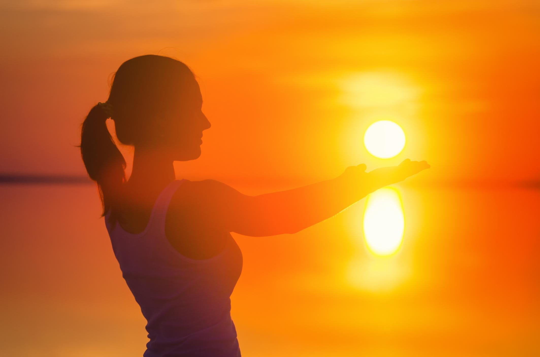 Feeling down? Heath Guru says look directly at the sun (but don't)