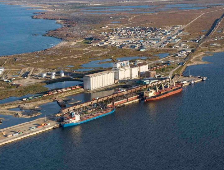 Rail link to port of Churchill, Manitoba is restored after being washed out in early 2017