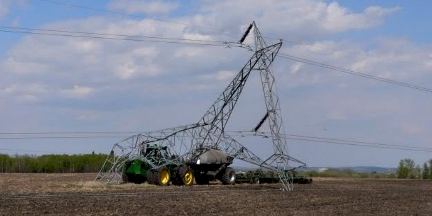 Agriculture minister David Marit tells farmers to watch out for overhead power lines