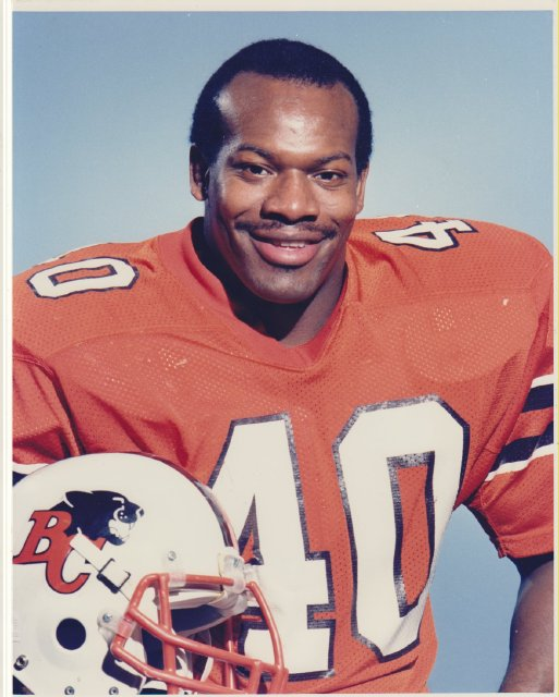 "Four-time Grey Cup champ James ""Quick"" Parker dead at 60"