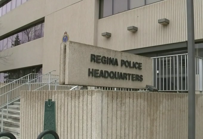 21-year-old charged after Regina Police discover plastic gun tucked in man's pants