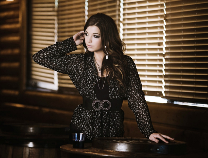 Jess Moskaluke has six nominations for the Canadian Country Music Awards