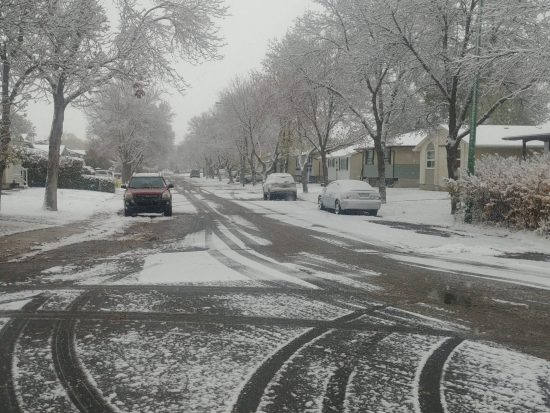 Snowy morning commute has SGI reminding you about winter driving habits