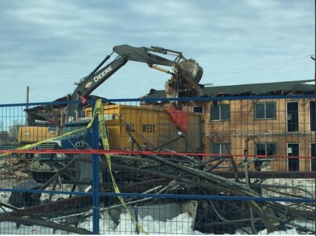 Twin Pines no more: Crews demolish defunct motel