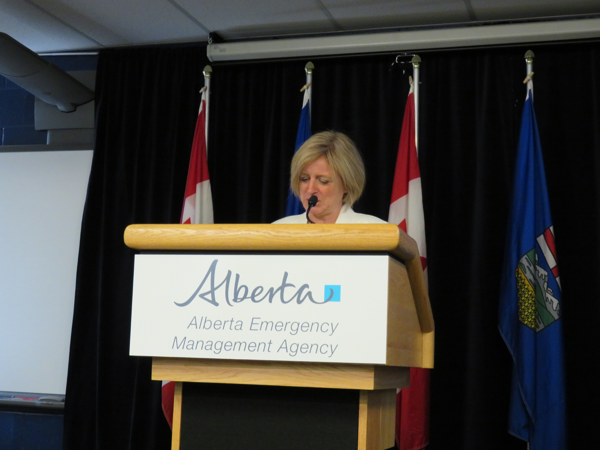 Notley updates work going on in Fort McMurray