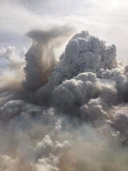 Crews battling blaze in East Timberlea