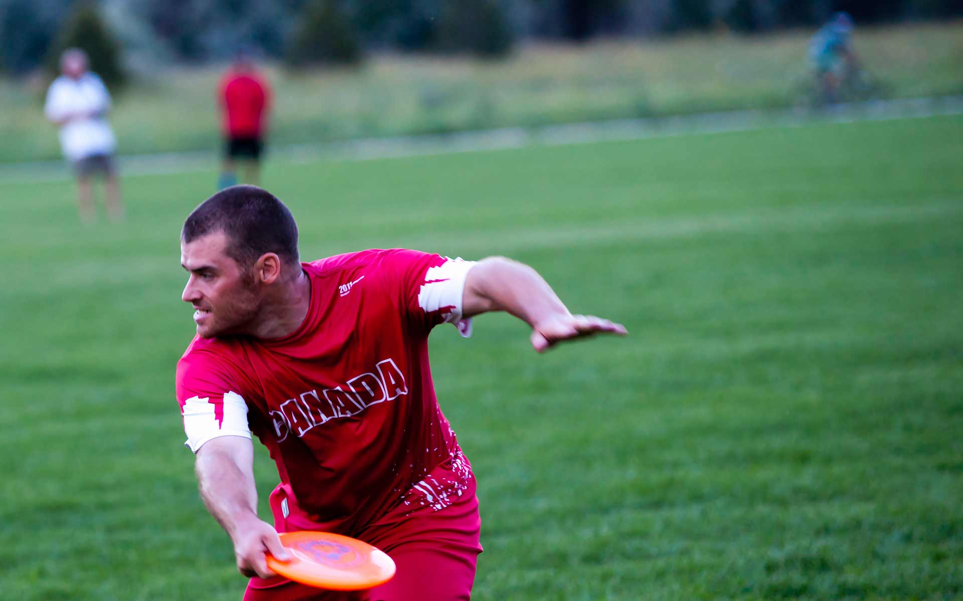 Guinness Record Holder 'Frisbee Rob' to Visit Fort McMurray Schools