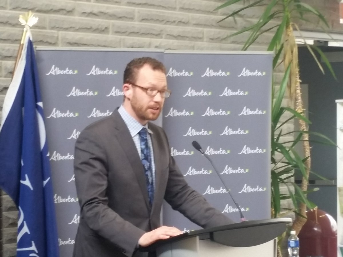 Alberta Government Looks To Lighten Load On Post Secondary Students