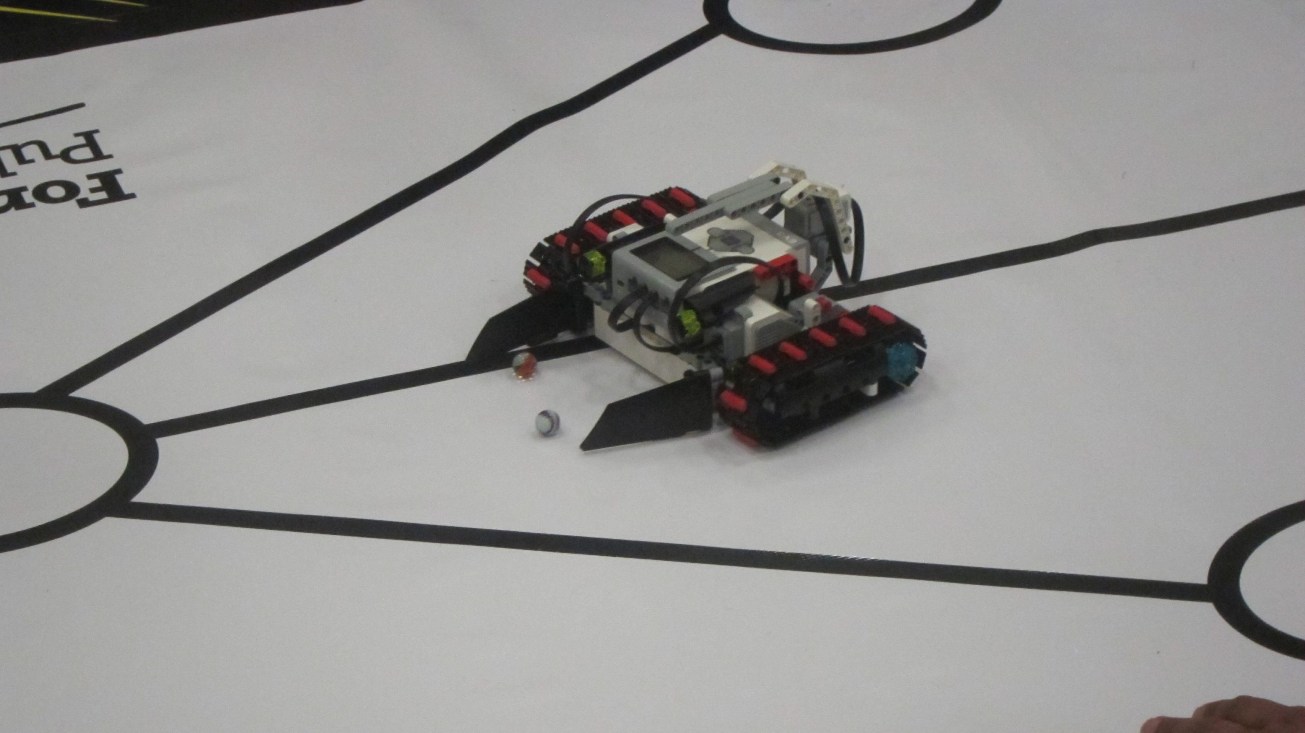 FMPSD Students Take Part In 7th Annual Robotics Tournament