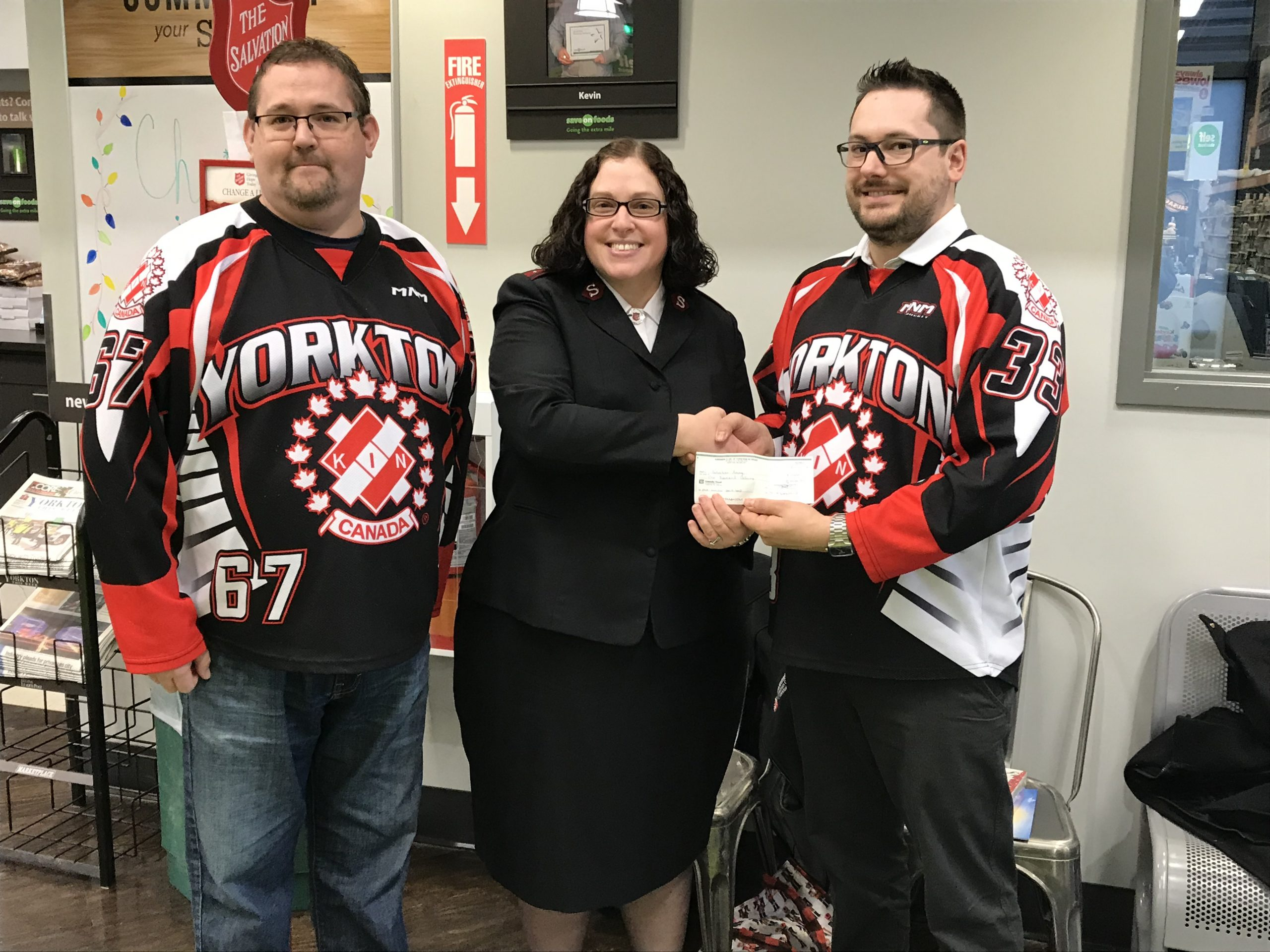 Yorkton Kinsmen Donate to Salvation Army