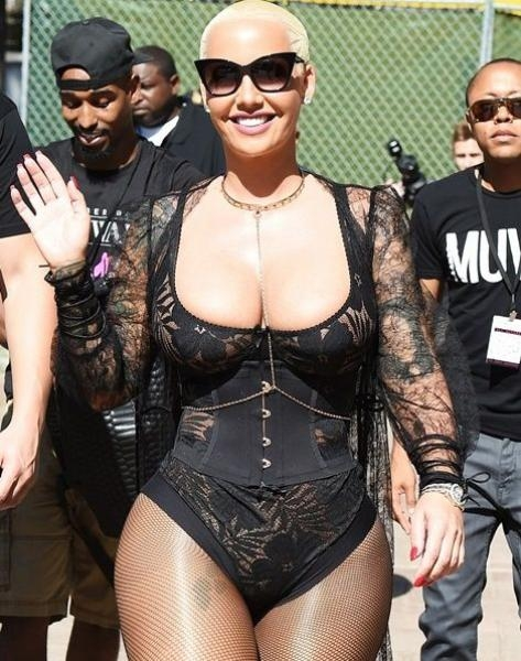 Amber Rose Puts Her Boobs On Display For Her Second Slut Walk