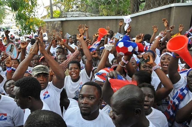 Anxious Ghanaians waiting for election results