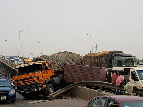 Photos of accident on Achimota Highway