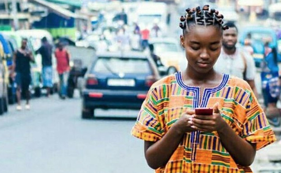 Mobile Shops are now selling Phone Numbers of Girls