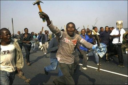 Xenophobic Attacks: South Africans being hypocritical – Analyst