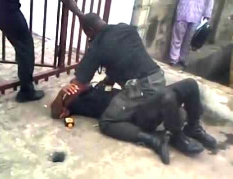 Drama: Female Soldier Beats Policewoman to Comatose in Oshodi