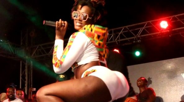 This is why D Flex says Ebony is sizzling hot