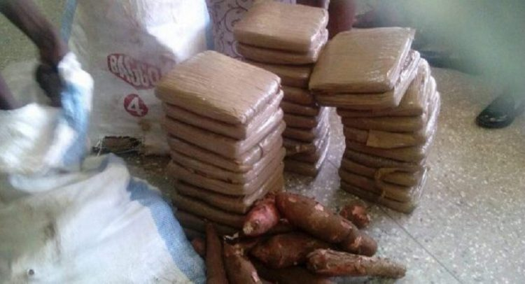 2 Teenagers Arrested With 30 Parcels Of 'Wee'