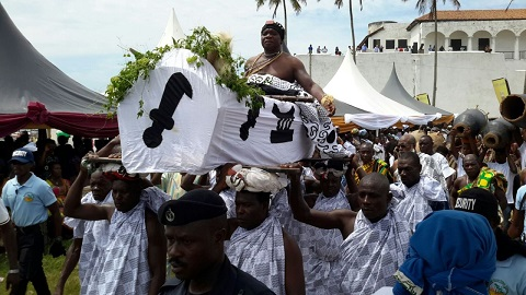 Chief to throw out tourists from Elmina Castle over cash