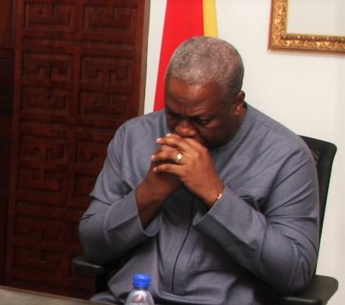 Mahama cries over 2016 defeat