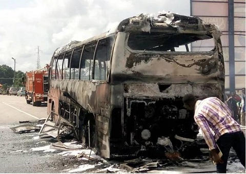 Over 30 escape death as fire guts VIP bus en route to Kumasi