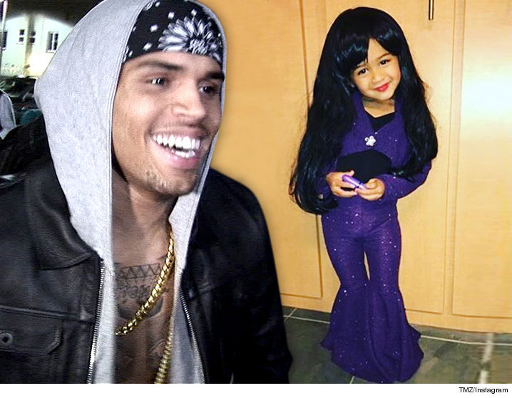 Chris Brown's Daughter Looking Adorable In Her Halloween Costume, Dressed Up As Cinderella